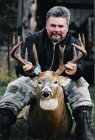 Boone & Crockett Buck 2004 Ontario Deer Hunt
