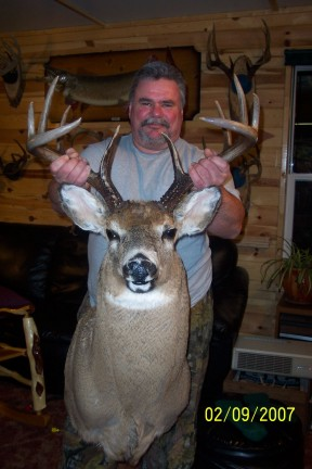 Gary's 160 class Whitetail Buck 2006: 160 green score, 153 dry score. Harvested during Resident Rifle Deer Hunting Season at Harris Hill Resort, Lake of the Woods Northwestern Ontario Canada.