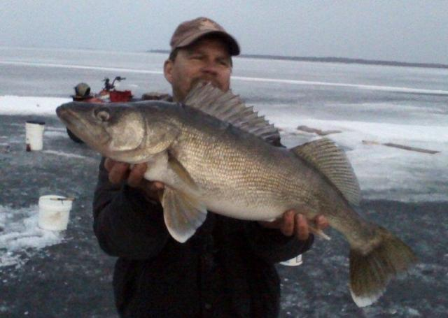 Lake of the woods ice fishing fishing ice fishing lake for Lake of the woods ice fishing