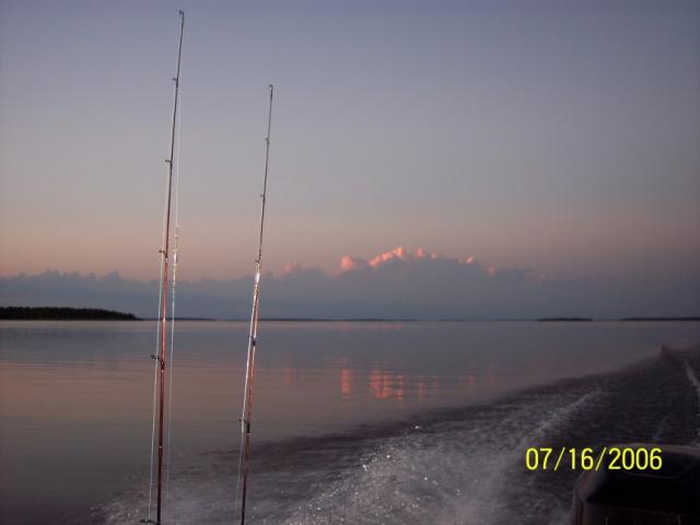 Fishing, boating, scenery and beautiful sunsets all go together at Harris Hill Resort on beautiful Lake of the Woods.: Enjoy life to the fullest while on vacation and everyday of your life.