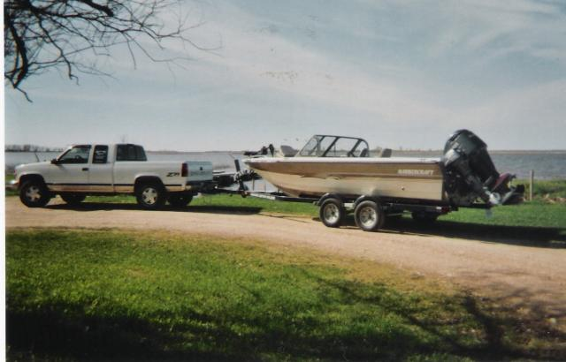 Great Boat for Lake Tours & Guided Fishing: Guided Fishing Trips